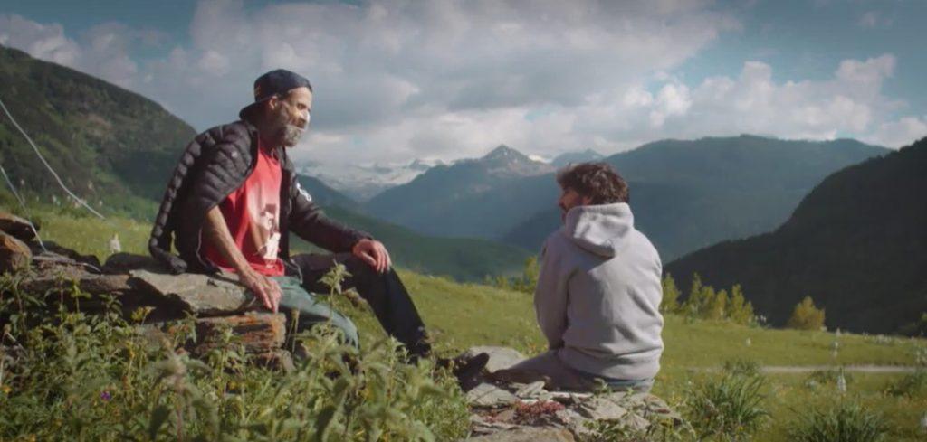 Pau Donés junto a Jordi Évole | Captura del documental Eso que tú me das