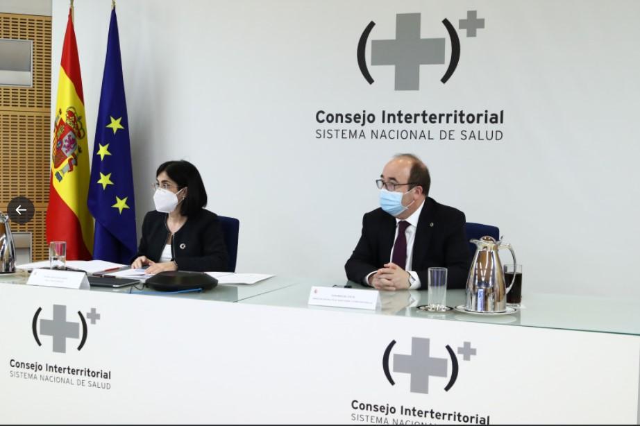 La ministra de Sanidad, Carolina Darias, en el pleno del Consejo Interterritorial de Salud | Twitter Ministerio de Sanidad