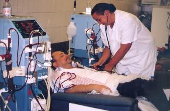 CAP 29 - IMAGEN 2 - PACIENTE EN TRATAMIENTO HEMODÁLISIS